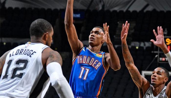 Théo Maledon a enflammé les réseaux sociaux pour ses débuts en NBA
