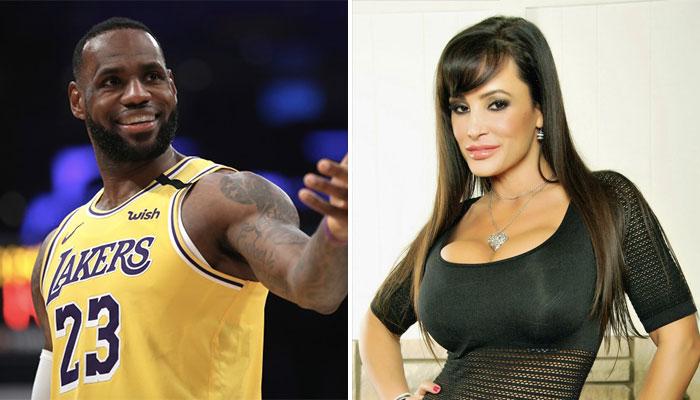 La superstar NBA des Los Angeles Lakers, Lebron James (gauche), ainsi que la célèbre actrice de films X, Lisa Ann (droite)
