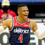 NBA – Russell Westbrook like un post humiliant sur lui