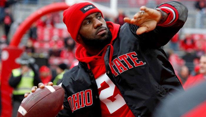 Lebron James supporte Ohio State en NCAA et les Browns de Cleveland en NFL NBA