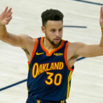 NBA – Le coup de chaud improbable de Steph Curry… en seulement 3 minutes !