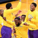NBA – La géniale bannière des Lakers dévoilée, LeBron fait monter la pression !