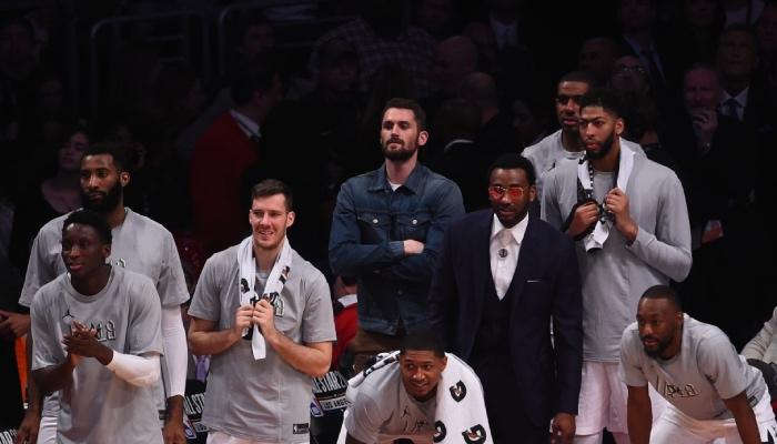 Les stars NBA Victor Oladipo, Andre Drummond, Goran Dragic, Bradley Beal, Kevin Love, John Wall, LaMarcus Aldridge, Anthony Davis et Kemba Walker à l'occasion du All-Star Game 2018
