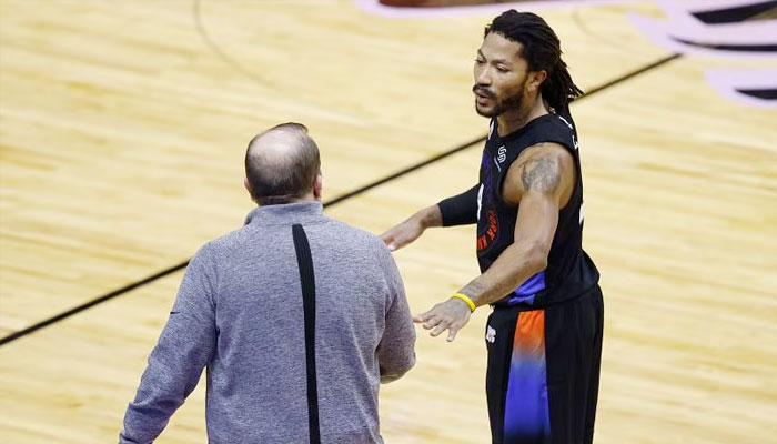Derrick Rose régale d'entrée pour ses débuts aux Knicks ! NBA