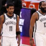 NBA – Kyrie Irving prévient les fans des Rockets avant le retour de Harden à Houston
