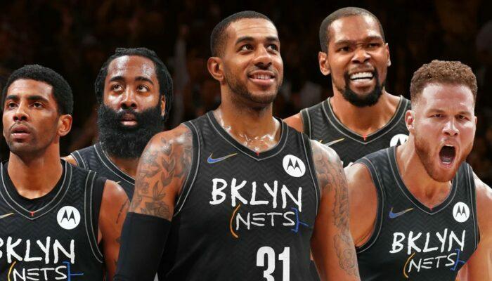 Kyrie Irving, LaMarcus Aldridge, Blake Griffin, Kevin Durant et James Harden sous les couleurs des Brooklyn Nets