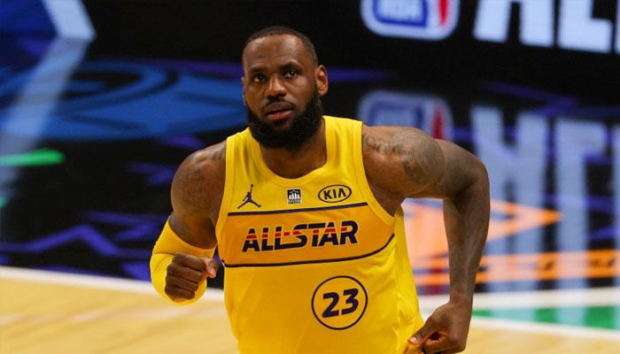 LeBron ménagé pour le ASG, un coéquipier se moque de lui ! NBA