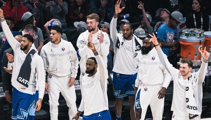 Les superstars NBA Anthony Davis, Devin Booker, Domantas Sabonis, LeBron James, Kawhi Leonard, James Harden et Luka Doncic lors du All-Star Game 2020