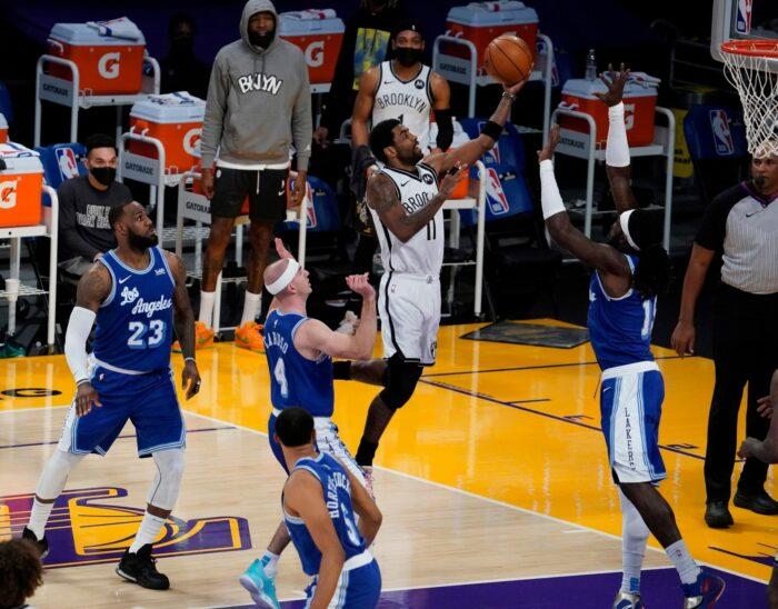 Les Nets et les Lakers sont favoris pour le signer