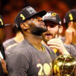 NBA – Comment LeBron s'est fait secouer à la mi-temps du Game 7 des Finales 2016