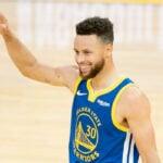 NBA – « C'est le boss » : Stephen Curry s'agenouille devant un coéquipier