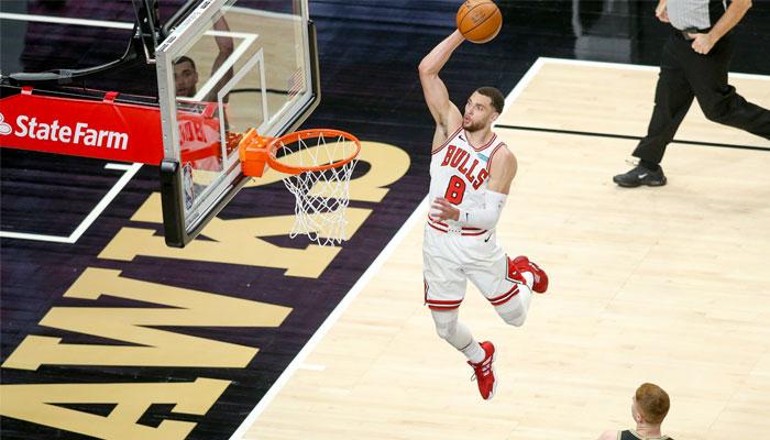 Zach LaVine sort une mi-temps hallucinante, la 3ème plus folle du siècle ! NBA