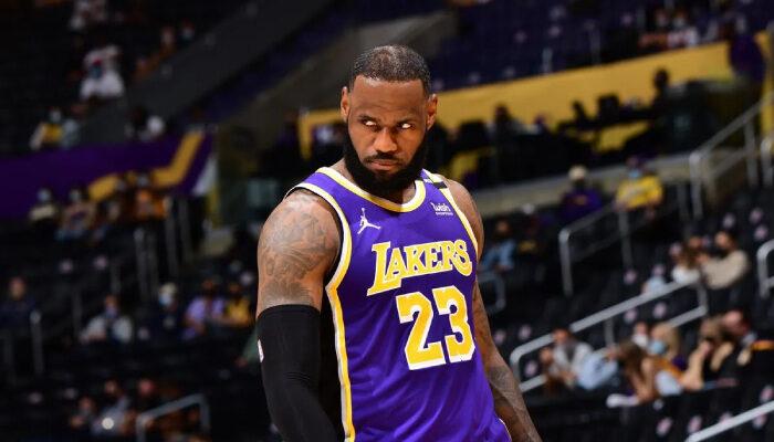 NBA LeBron lâche un message étrange