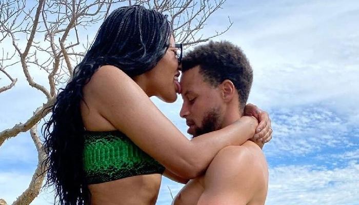 Stephen et Ayesha Curry dans une position assez explicite sexy