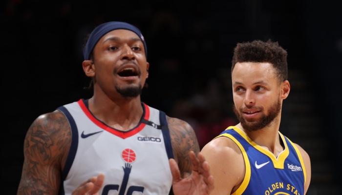 Les deux superstars NBA des Washington Wizards et des Golden State Warriors, Bradley Beal et Stephen Curry, se mènent un duel sans merci pour le titre de meilleur scoreur NBA cette saison