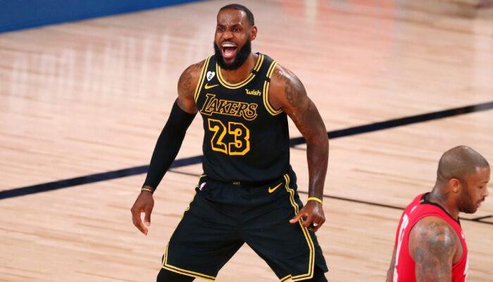 NBA LeBron est en colère