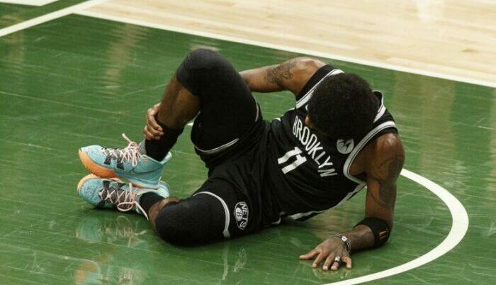 Kyrie Irving blessé face aux Bucks