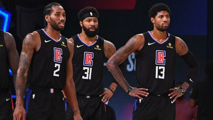 Kawhi Leonard, Paul George et Marcus Morris des Clippers