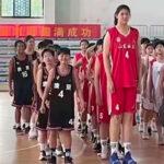 Divers – « Nouvelle Yao Ming » : la colosse chinoise Zhang Ziyu, 2.26m à 14 ans, choque internet !
