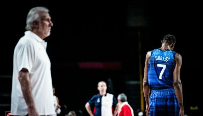 Gregg Popovich et Kevin Durant de Team USA