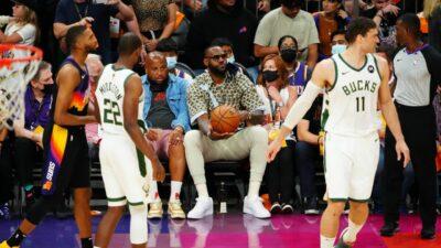 NBA – Giannis explique pourquoi il n'a pas calculé LeBron sur le bord du terrain au Game 5
