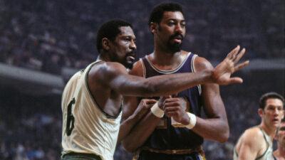NBA – Le vilain tacle de Wilt Chamberlain à Bill Russell !