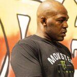 UFC – Déjà lourdement accusé, Jon Jones craque encore et se fait afficher !