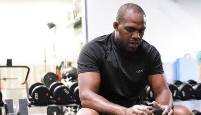 UFC – Accusé du pire, le message de Jon Jones au fond du trou