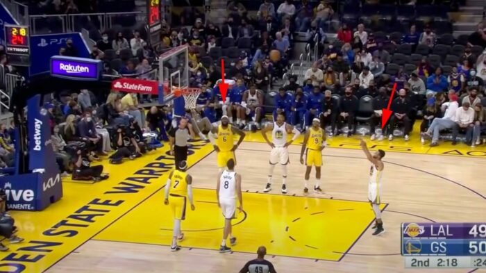 LeBron James provoque Steph Curry